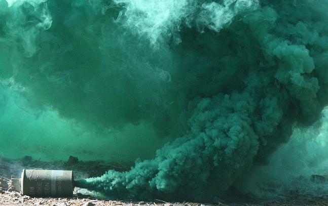 smoke-grenade2.jpg